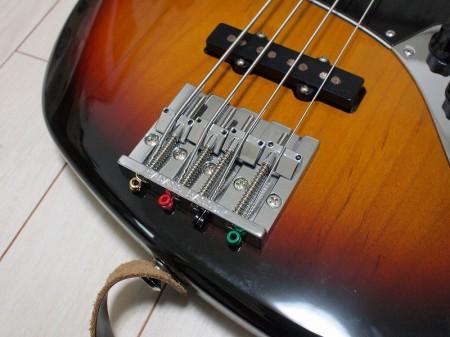 Fender '70s Jazz Bassバダスブリッジ