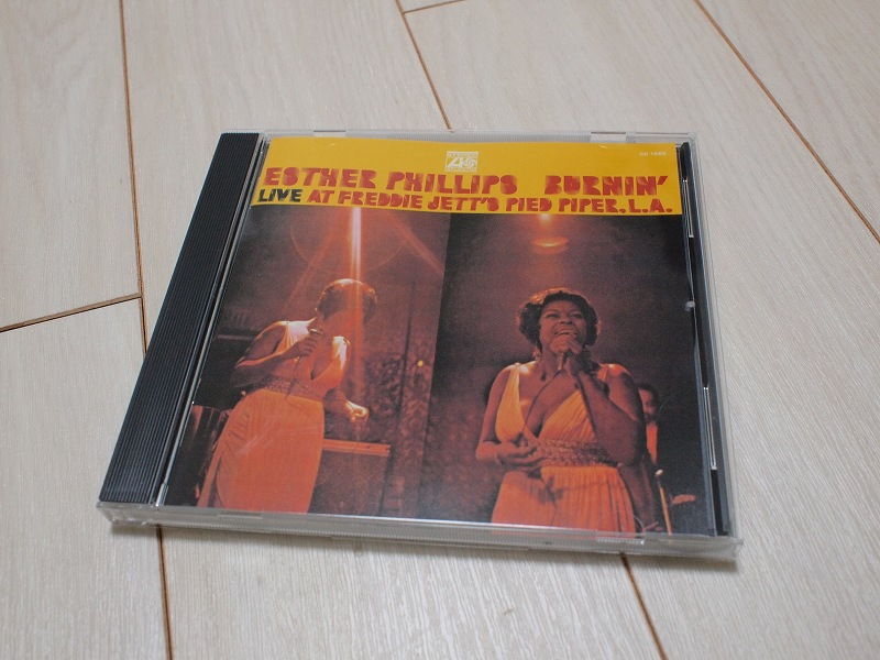 Esther Phillips / Burnin' - Live at Freddie Jett's Pied Piper,L.A.ジャケット