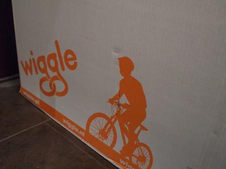 wiggleからホイールが届いた