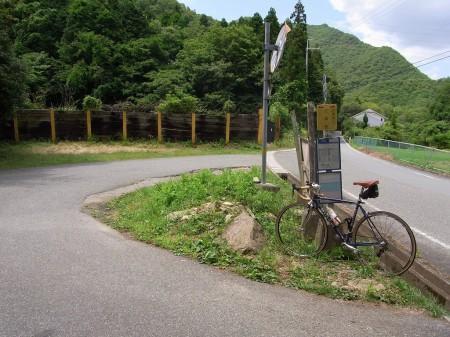 上青野のバス停