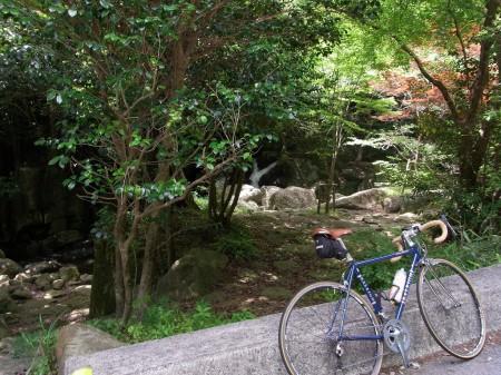 尼ン滝で小休憩