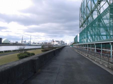 神崎川を走る