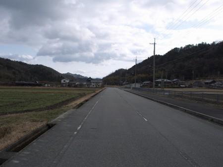 R323から波豆川沿いの道へ