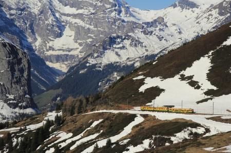 登山鉄道が画になる