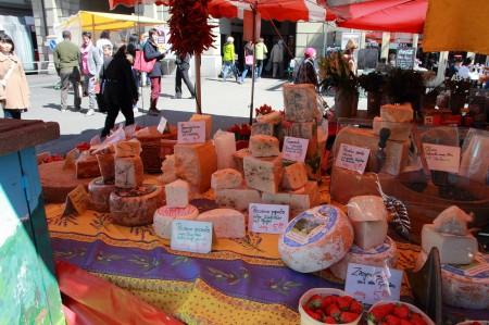 チーズのマルシェ
