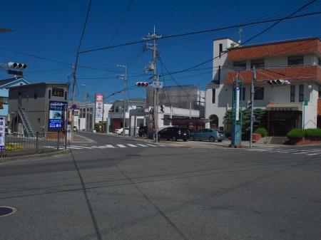 郡家の交差点
