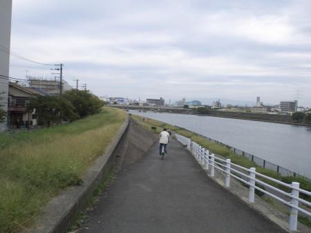 神崎川CRへ