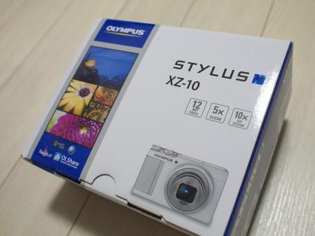 名機Stylus XZ-10