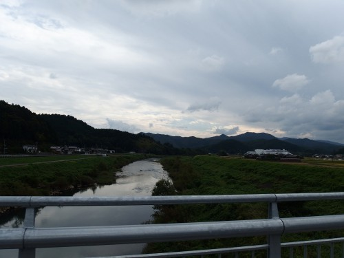 次第に支流をまとめる桂川