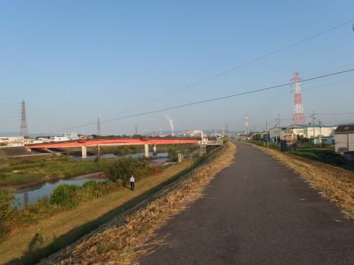 猪名川沿いへ