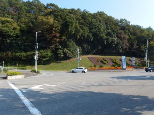 猪名川町役場のほうへ