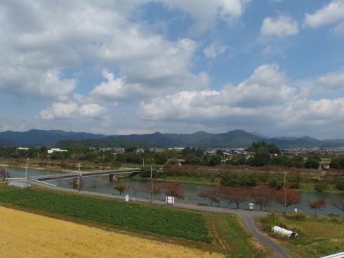バイパスから見える篠山の街並み