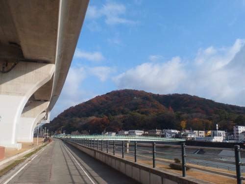阪神高速高架下@川西