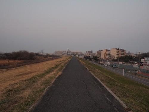 猪名川沿い