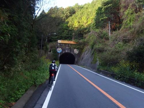 芦原トンネル
